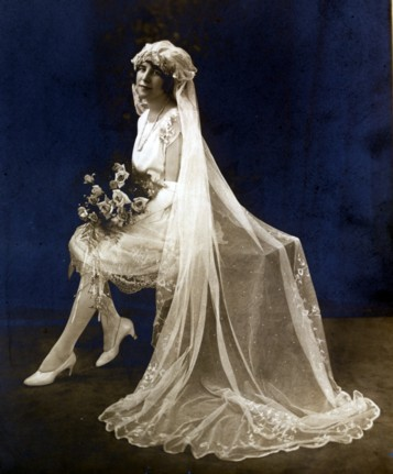1920s wedding dresses for Coco chanel wedding dress